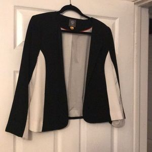 Vince Camuto open jacket